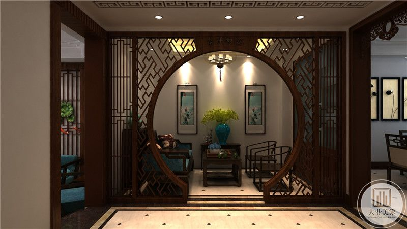 会客室是中式庭院得设计,古朴大方