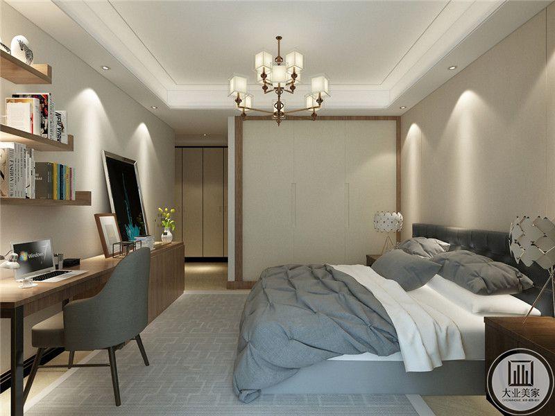 次卧室床头背景墙采用浅黄色壁纸,床尾采用浅色实木书桌橱柜,床的两侧采用红木床头柜。