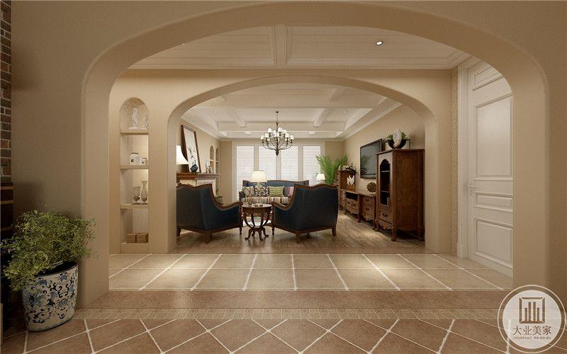 从这里可以看到客厅布局装饰。