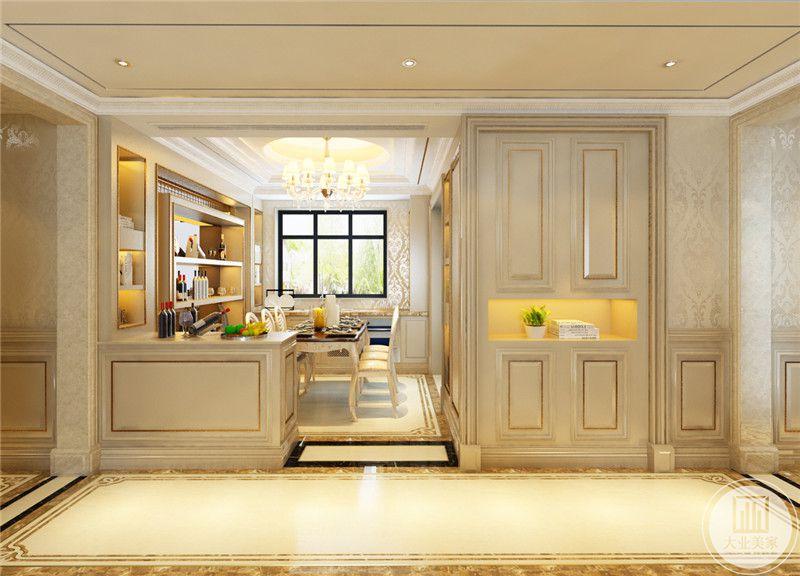 餐厅 设置了许多的收纳空间,大大的提高了空间利用率。