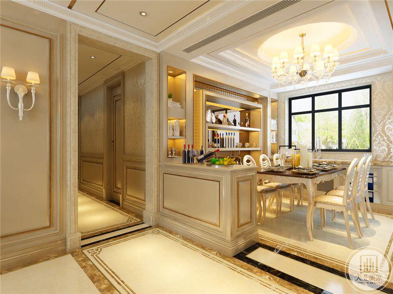 餐厅窗户开的较大,给客餐厅带来了明亮的光束。