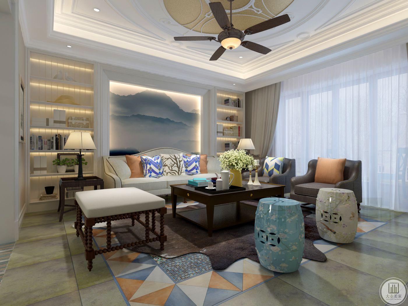 客厅空间沙发墙是浅蓝色的山水 ,两侧则做成收纳空间,放些书籍杂物。