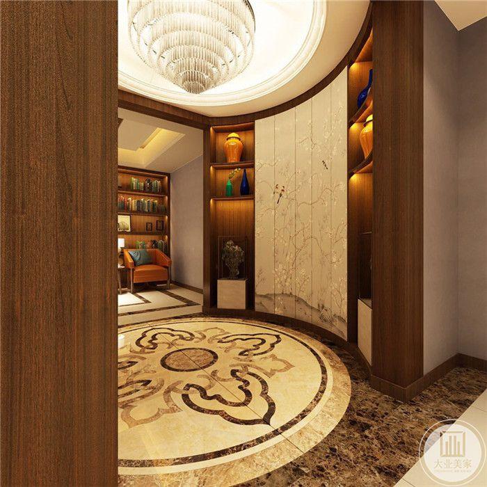 地下走廊采用了采光中庭的样式,中央的地面是大理石的大拼花,十分华丽。