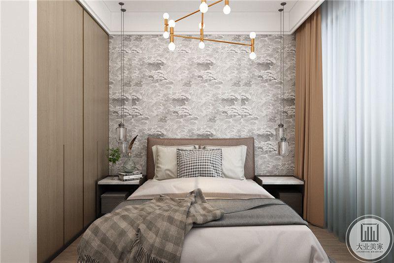 卧室空间设计非常含蓄,灰色单人床搭配格子地毯,具有舒适与美观并存的享受。表达了现代人注重生活品位、注重健康时尚、注重合理节约科学消费。