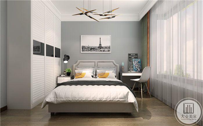 卧室是浅白色主色调