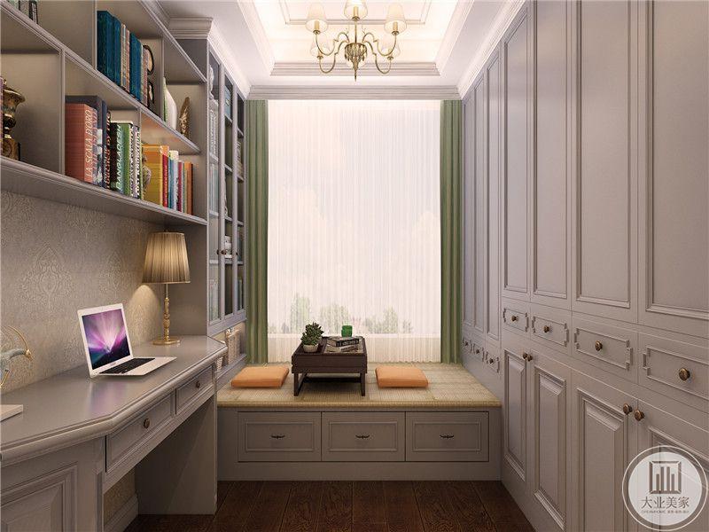 脚感舒适的榻榻米和典雅独特壁橱,色彩相对淡雅,营造一个安静祥和居室环境。