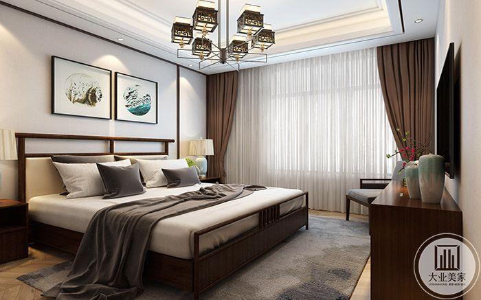 窗帘亦采用棕色的木质色彩