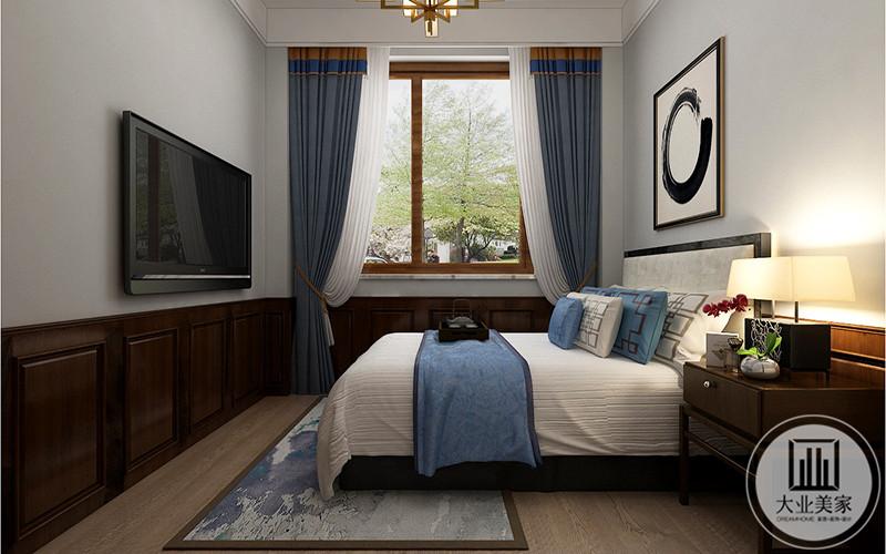 次卧布置较为简单,白色为底,蓝色为副色调,床头柜,电视都具备