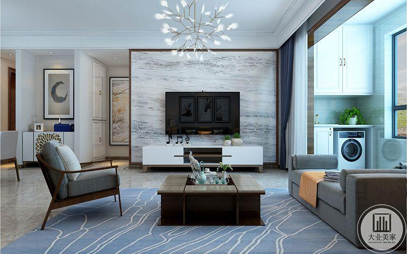 客餐厅整体结合中央空调用石膏线增加空间层次,抛弃传统多余的装饰,为客户营造一个简洁舒适的家居环境。
