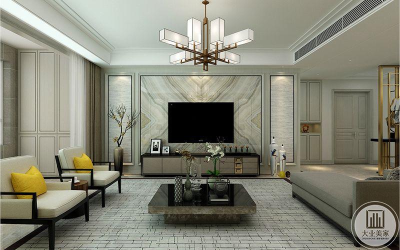 电视墙是白色大理石纹样的,沙发区铺设了墙砖样式的地毯