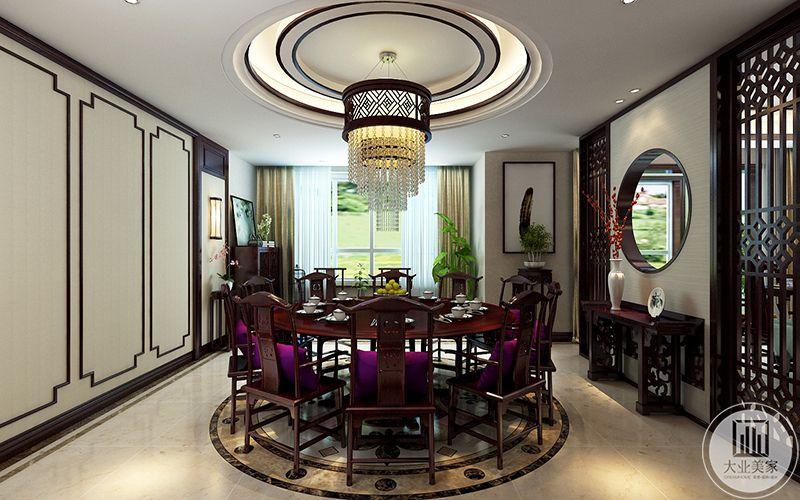 餐厅区域在满足正常家庭使用外划分出宴会厅