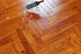 实木地板和强化地板的优缺点比较