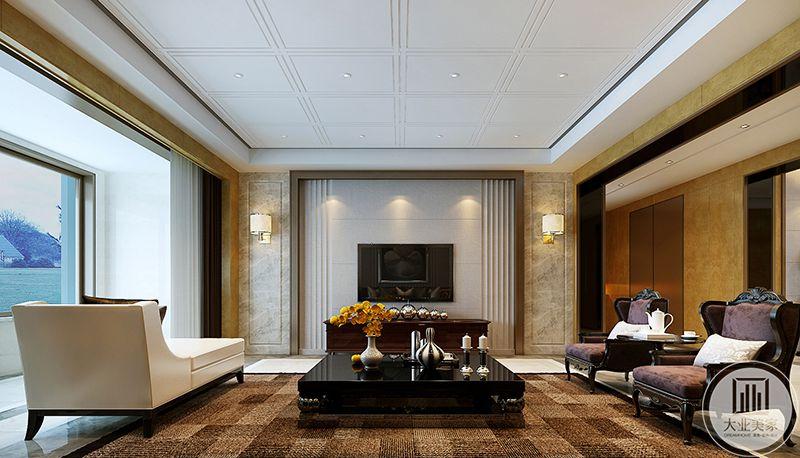 电视墙是简约的大理石板面,与电视的黑白对比效果十分强烈