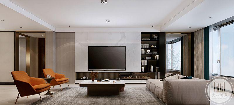 电视墙则更能体现极简主义这个小猪蹄,白色大理石的背景墙右侧是黑色的储物柜,将白色与黑色的冲突感与融入感都体现到了极致