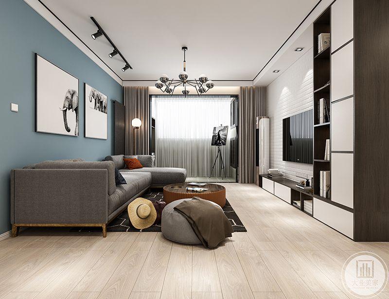 电视墙是砖块填补而成,表面涂着白色的染料,整个空间自然质朴