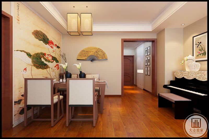 一柄折扇,一面书画,是挂在时代腰间的奢侈品,墙壁装饰画使室内更加具有自然、清新的气息,黑白钢琴古典气息点缀镂空现代艺术品装饰,古典与简约的完美结合。
