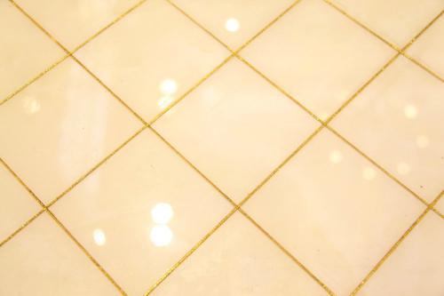 美缝瓷砖.jpg