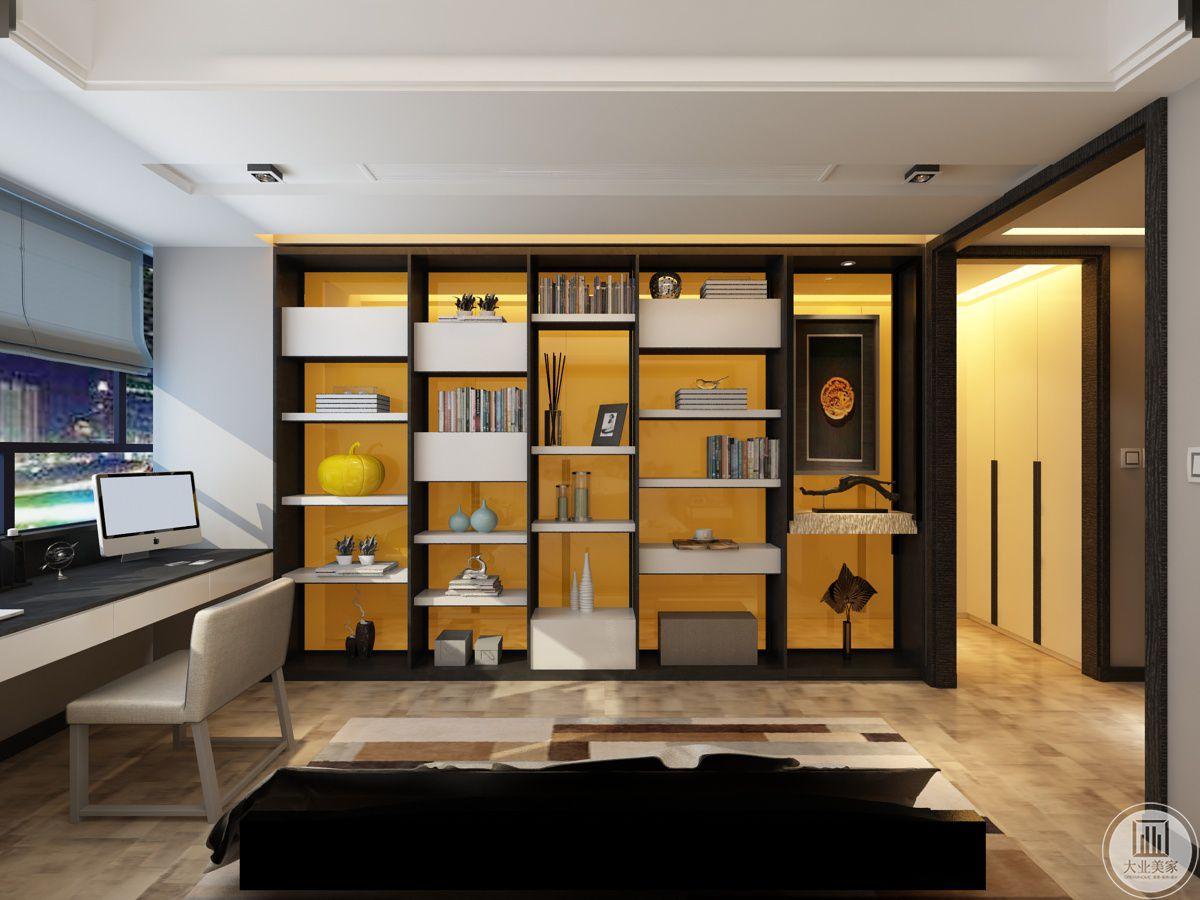 床尾的装饰柜,收纳空间充足,采用黄色玻璃背板,储物空间充足,背面为衣帽间,使用方便