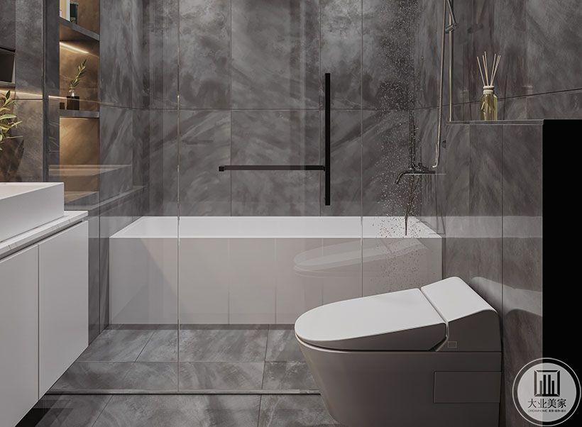 卫生间同样用了灰色大理石为主色调,冷静时尚