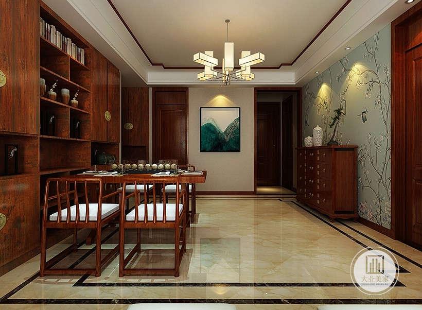餐厅选用中式红椅,富有传统文化的蕴意,现代艺术品挂画,古色古香与现代风格的简单素雅自然衔接,这种绝妙的组合给人以强烈的视觉意志力,成为时尚与古典的柔媚结合。