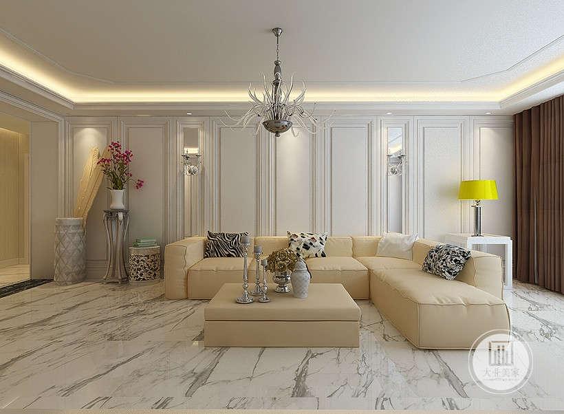 弯曲高脚椅盆栽,金属感羽毛工艺,自带奢华干得元素,为室内地照出丰富的层次感。