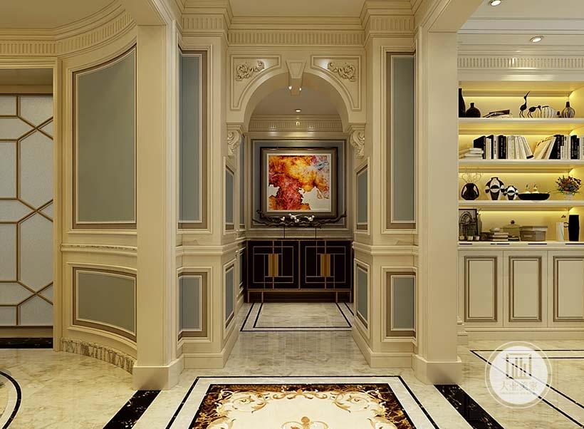 入户玄关采用欧式装饰画,下半部分墙面采用黑色为主的实木护墙板。