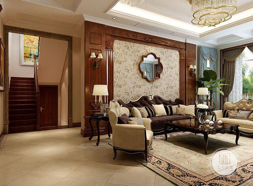 客厅沙发墙铺贴浅色花草壁纸,墙面悬挂镜面装饰,沙发茶几都采用黑檀木材料。