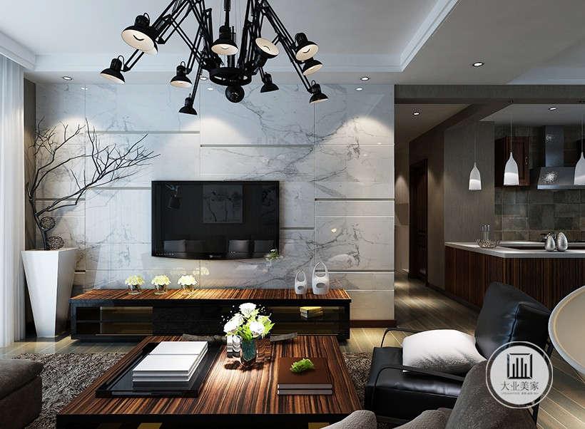 折叠吊灯,投射于不同角度的光感,方便居住者调节室内光线明暗,给身心一个放松的空间。
