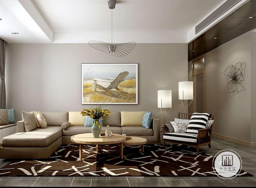 除了沙发吊灯必备家具外,没有丝毫多余装饰,以直线型深色木制线条及精致拨打线打造立体空间,茶灰色镜面点缀空间营造空间进深感,雅致厚重且不失前卫感,简洁而不失时尚。