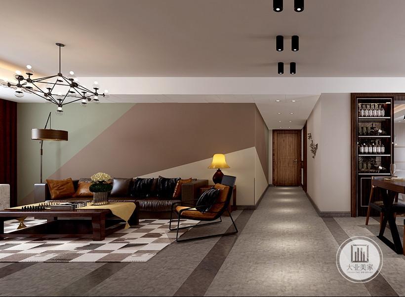 客厅以暖白色为主调,展现一个休闲的氛围,电视墙处理相当简洁而富品味,色调古旧的电视柜是客厅的焦点所在。