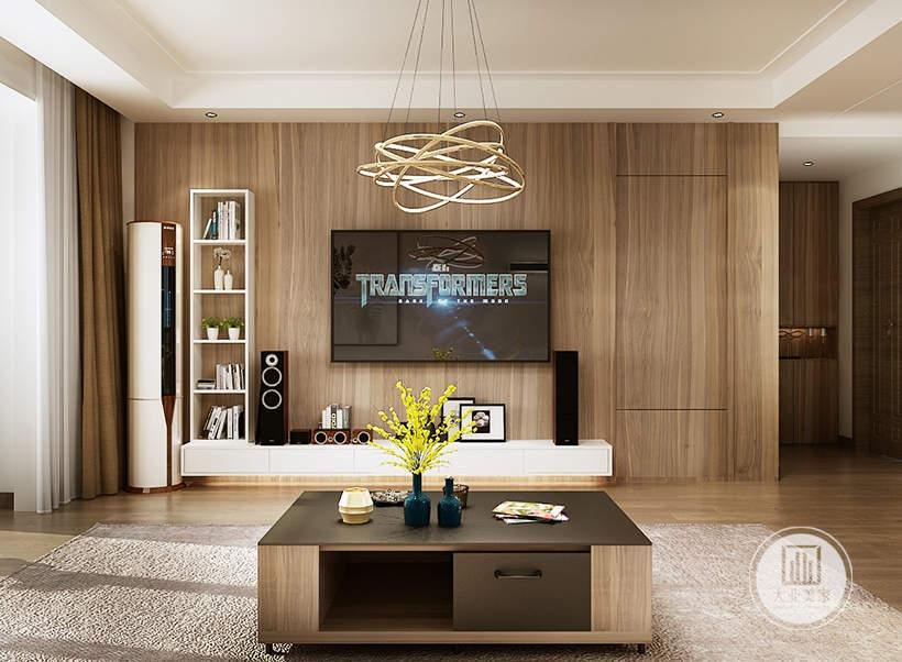 客厅影视墙采用实木材料,电视机下面做白色壁橱,另一侧做白色收纳柜。