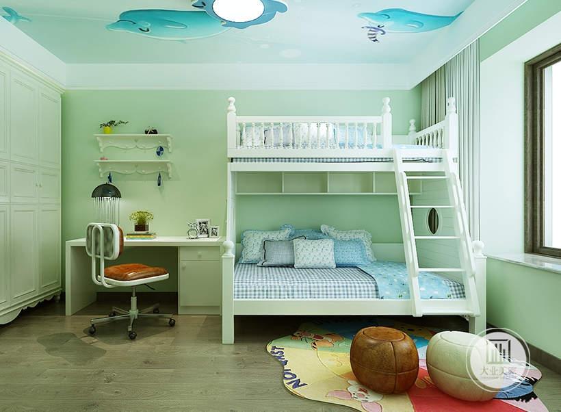 儿童卧室采用整体采用绿色,床采用上下两层的白色实木材料,床头采用白色书桌。