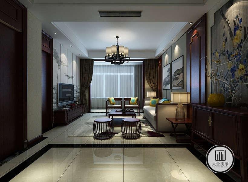 """紫色复古矮脚凳,色彩沉稳,与抛光大理石地面结合,打造出层次感迎合了中式家具追求内敛、质朴的设计风格,使""""新中式""""更加实用、更富现代感。"""