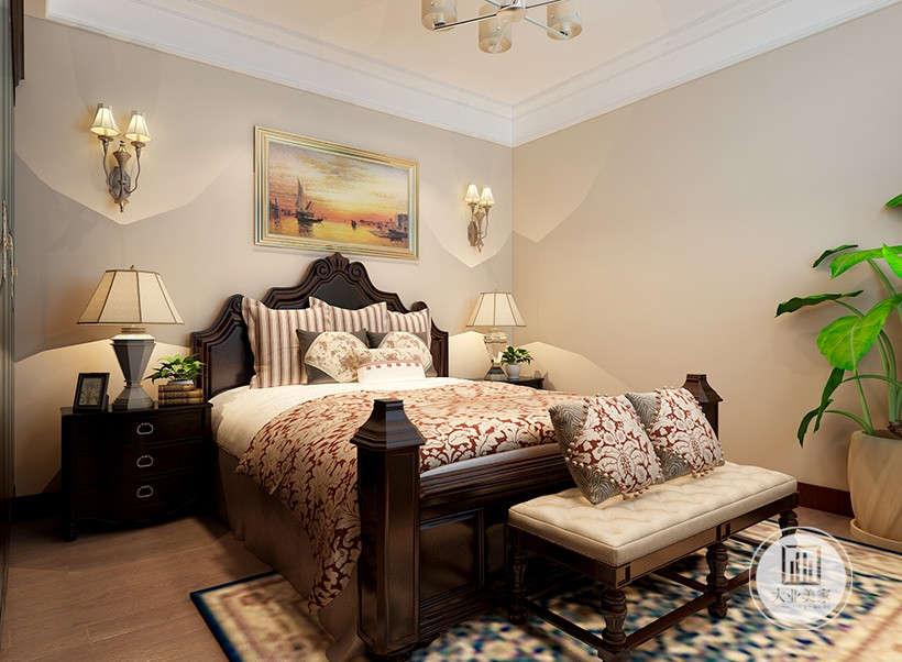 居室格调带给人高贵,奢华,大气的感觉,添上新的华丽的软装装饰、墙面以自然简洁为原则,带来柔软舒适的居住体验。