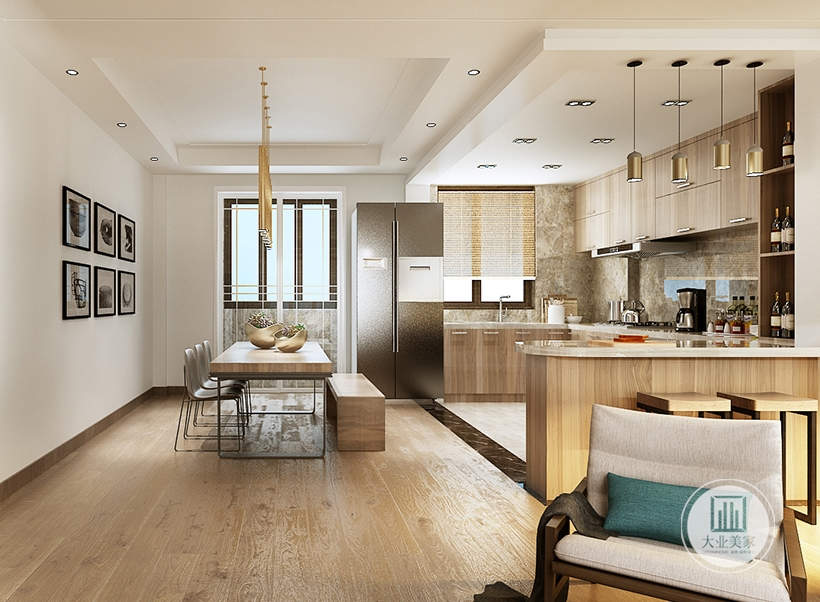 餐厅餐桌采用实木材料,一侧的影视墙采用六幅现代装饰画,靠厨房的一侧餐椅采用实木长凳。