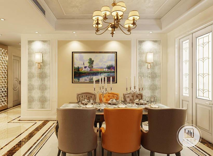 墙面两侧采用绿色壁纸,餐椅采用深棕色和橘红色搭配的方式。