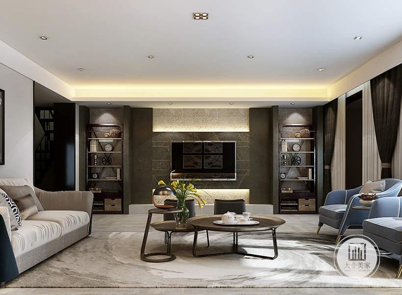 客厅影视墙采用深色大理石,两侧采用实木收纳柜,电视下面不设置电视柜。