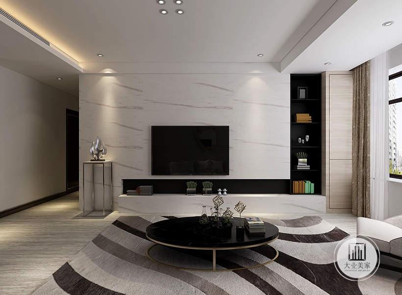 客厅影视墙采用白色大理石材料,一侧的墙面做收纳柜,电视柜做成壁龛的风格。