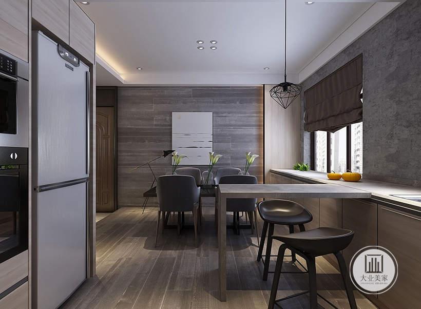 餐厅和厨房的之间的部分做成一个简易吧台。
