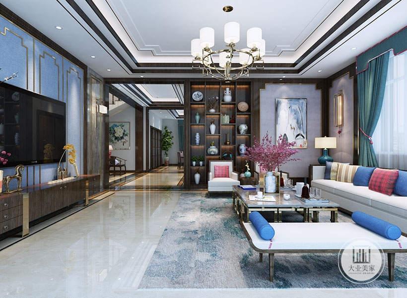 客厅靠近走廊的墙面做成红木收纳柜,一侧的墙面采用淡紫色壁纸,墙面采用中式水墨画装饰。