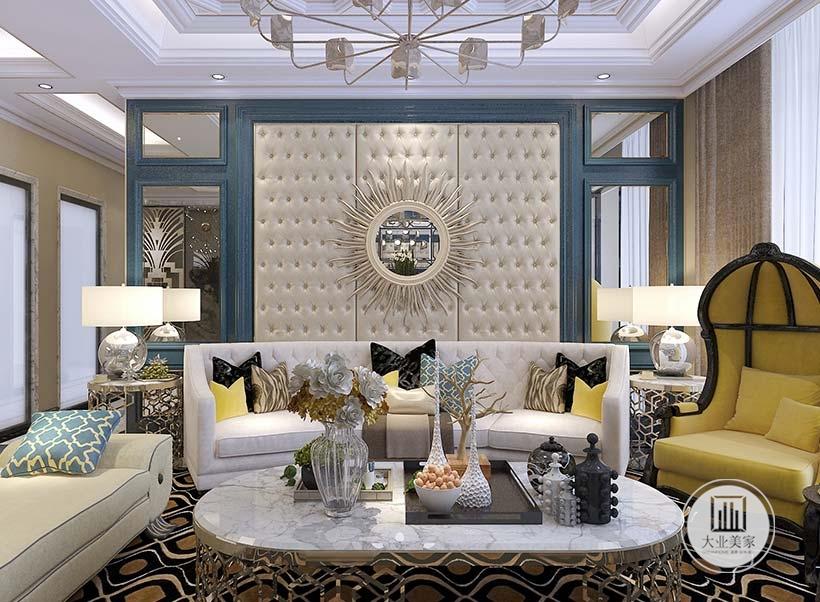 客厅的沙发墙采用浅黄色壁布设计,沙发采用浅色布艺设计,搭配白色大理石茶几,墙的两侧采用镜面的设计增加空间,同时也增强了室内采光。