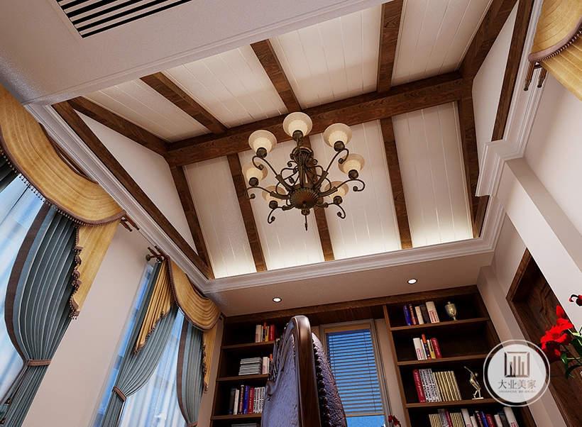 休闲室天花板采用复古的横梁设计,同时采用吊灯。