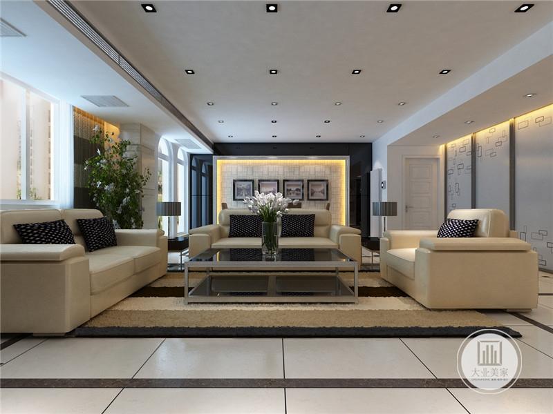 自由线条和曲线构成,整体室内的空间都是开敞的,通透感十足,打造自由感超强的室内效果,让居住更舒适。